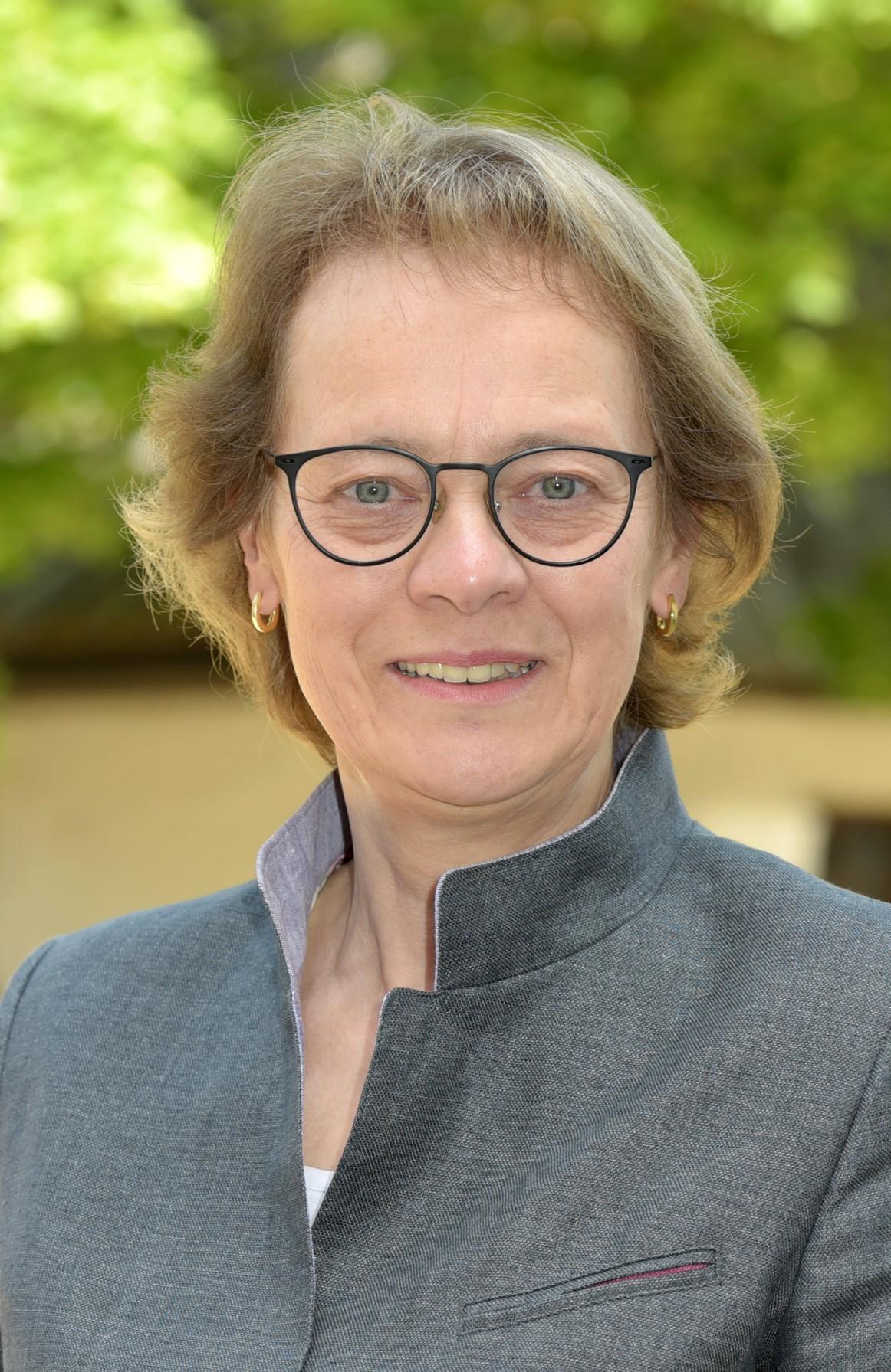 Abbildung von Dr. Maria Schoeller